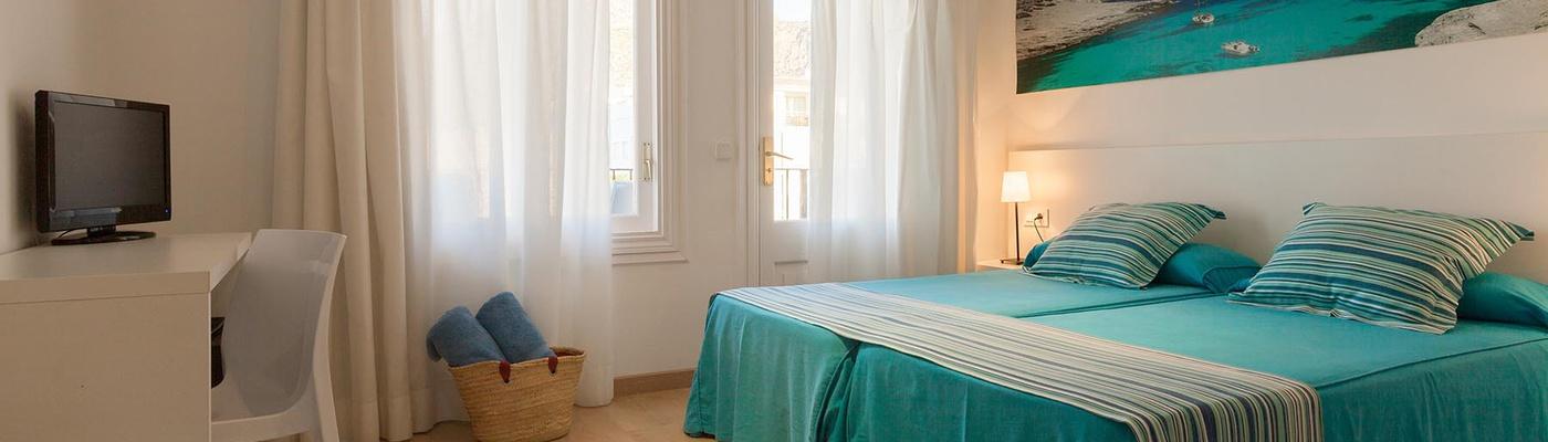 ECONOMY DOUBLE ROOM Capri Hotel