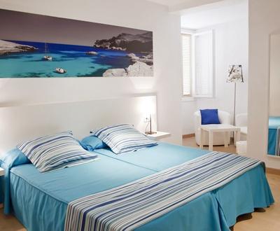 DOUBLE STANDARD ROOM Capri Hotel